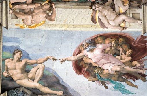 Kann man Gott lästern? Michelangelos  berühmtes Fresko  in der Sixtinischen Kapelle, das die Erschaffung Adams darstellt. Foto: dpa/Musei Vaticani
