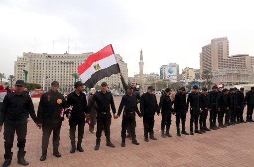 Ägyptische Sicherheitskräfte auf dem  Tahrir Platz in Kairo Foto: dpa