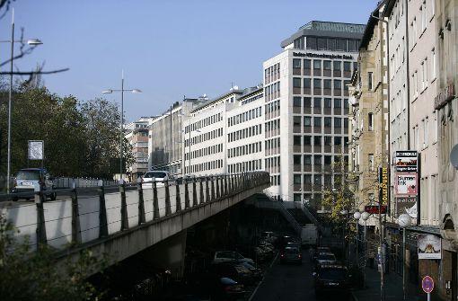 Neue Pläne für Platz unter der Paulinenbrücke