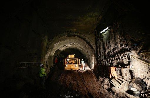 Tunnel der Stadtbahn werden zersägt