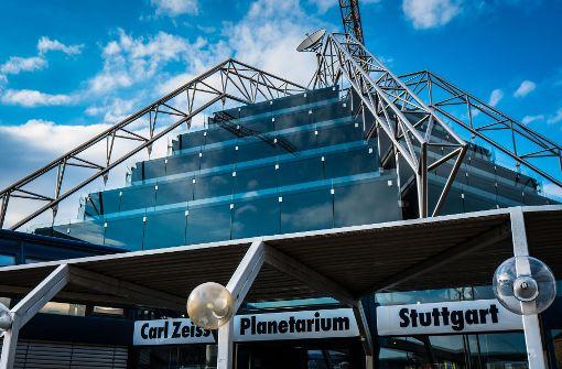 Planetarium Stuttgart – Gemütlich und trocken hat man es bei Regenwetter im Planetarium im Schlossgarten.  Foto: Lichtgut/Achim Zweygarth