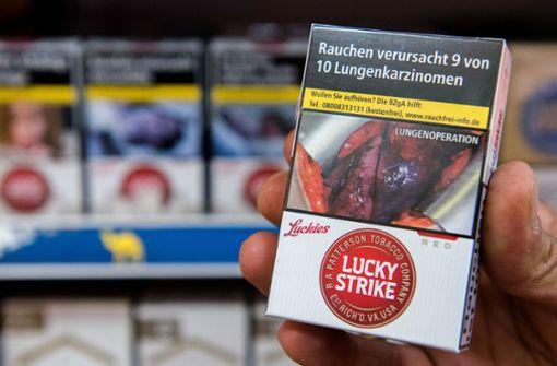 Supermärkte dürfen Zigaretten-Schockbilder an der Kasse verstecken