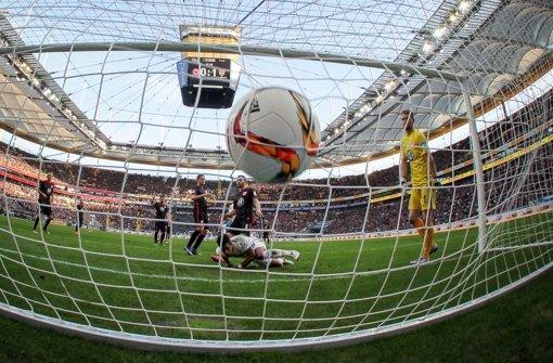 Daniel Didavi erzielte das zwischenzeitliche 0:2 in Frankfurt. Foto: dpa