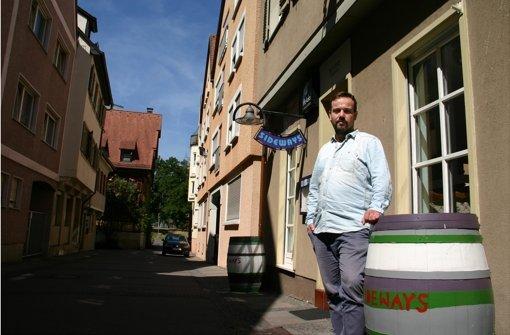 Toni Schreiner vor dem ehemaligen Sideways in der Brählesgasse. Foto: Benjamin Schieler