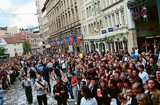 Der erste offizielle CSD im Jahre 2001. Foto: CSD IG