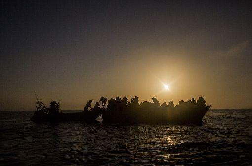 Schlepper soll bis zu 50 Migranten ertrinken lassen haben