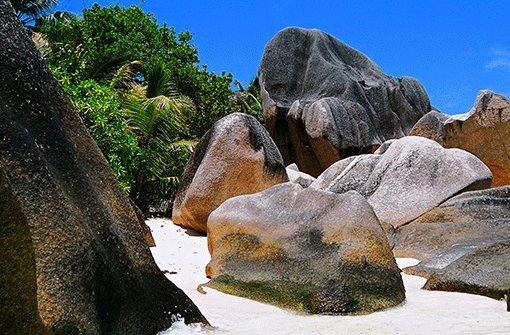 Die Insel La Digue lockt mit Granitfelsen und Traumstränden. Foto: Eichmüller