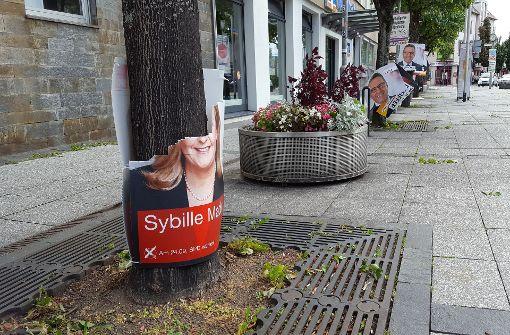Zerrupfte Plakate, erschöpfte Kandidaten