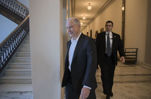 Jeff Sessions nach heftigem Streit als Justizminister bestätigt