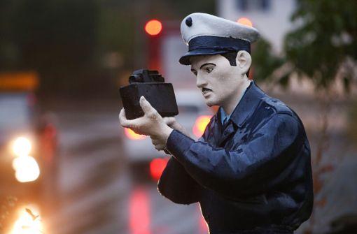 Was passiert mit der Polizei-Attrappe?