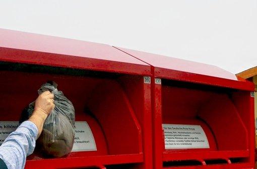 Kreis will Container vom Roten Kreuz