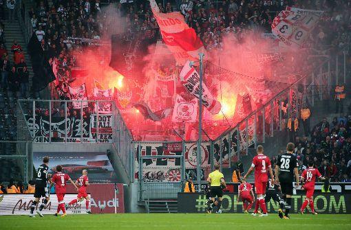 Gladbachs Stadionsprecher veräppelt VfB-Fans