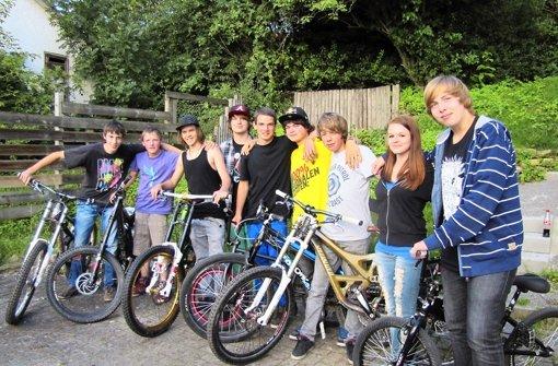 Mountainbiker von den Waldenbuch Riders haben einen Dirtpark verwirklicht. Foto: Claudia Barner