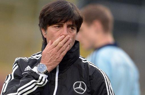 Klose schmerzt die Schulter, Özil hat Grippe