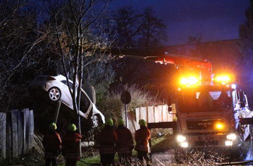 Mercedes-AMG fliegt durch die Luft und fängt Feuer