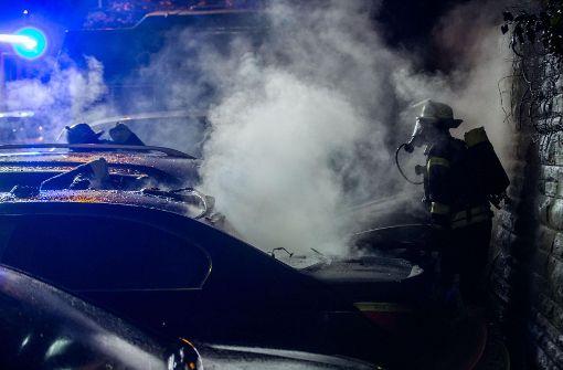 Wieder brennen Autos am Bopser