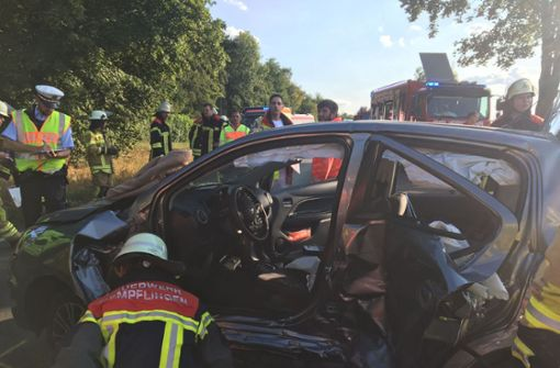77-Jähriger wendet auf B 312 – es kommt zu einem schweren Unfall