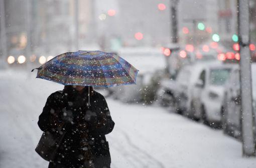 Wetterdienst erwartet am Wochenende Schnee und Glätte