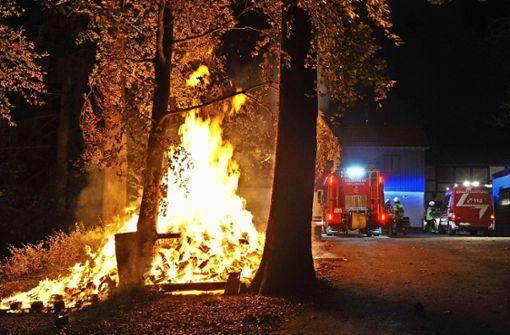 Polizeihubschrauber fahndet nach dem Feuerteufel