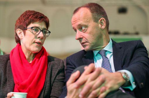 Annegret Kramp-Karrenbauer hat es nicht eilig, wenn es um Friedrich Merz geht