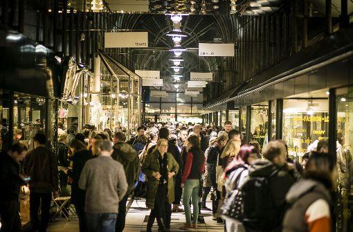 Neues im Fluxus, Lange Einkaufsnacht und Punkrock
