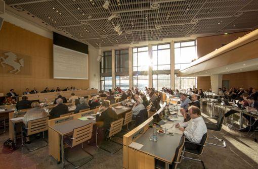 Gemeinderat genehmigt 221 neue Stellen
