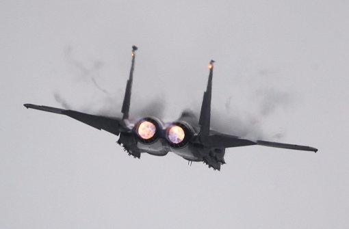 Störmanöver von russischen und amerikanischen Kampfjets