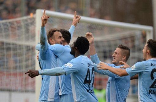 Siegreich gegen Hansa Rostock: Die Stuttgarter Kickers Foto: Bongarts
