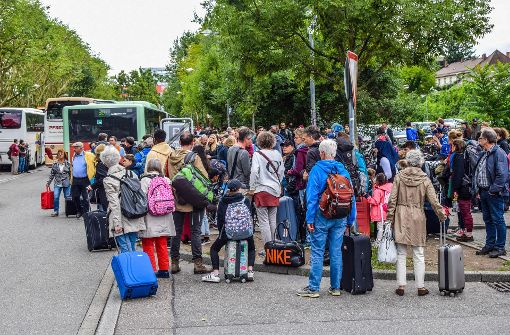 Der Ansturm auf die Busse ist groß. Foto: 7aktuell.de/Fabian Geier