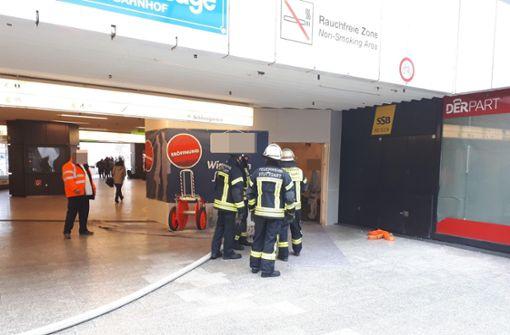 Feuerwehreinsatz bei Brand in der Klett-Passage