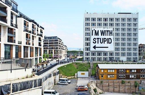 Künstler Stuttgart kunstaktion in stuttgart künstler überrascht reaktion auf