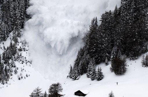 Zwei Skifahrer durch Lawine in den Tod gerissen
