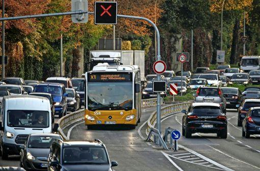 Die Zweifel am Erfolg des Expressbus wachsen