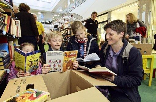Über 50000 Bücher  für einen guten Zweck