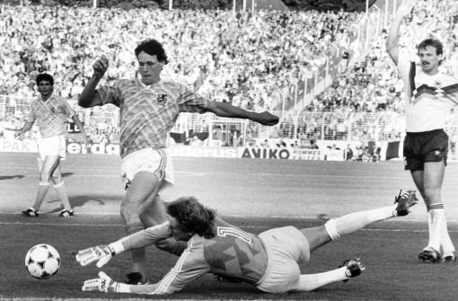 1992: Marco van Basten (links), Niederlande Foto: dpa