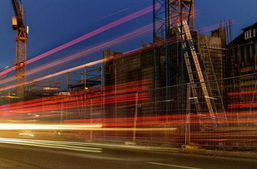 Vorbeihuschende Lichtsignale von Gabriele Borrmann fotografiert. Foto: Gabriele Borrmann