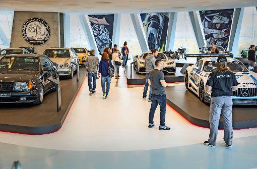 Autofans aus ganz Europa folgen dem Motorenröhren