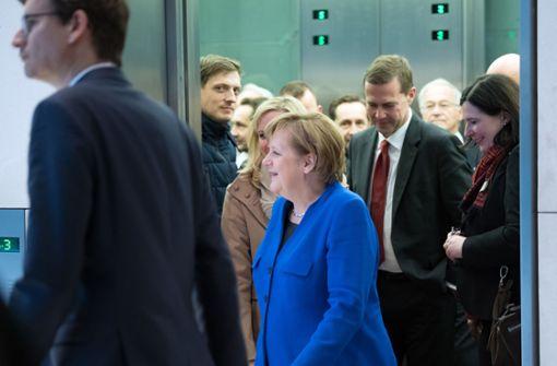 Angela Merkel könnte wohl frühestens Ende März erneut als Bundeskanzlerin vereidigt werden. Foto: dpa