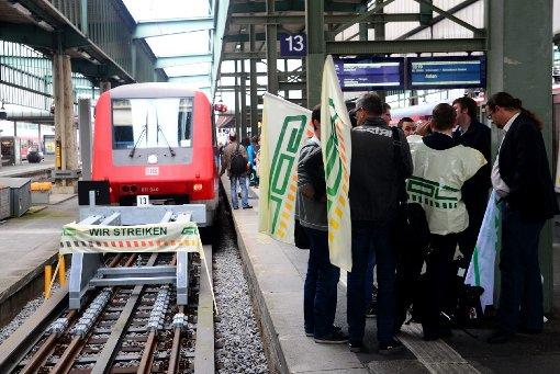 Die Lokführergewerkschaft GDL bestreikt den Bahnverkehr - wer in Stuttgart auf die S-Bahn baut, muss umdisponieren. Foto: www.7aktuell.de |