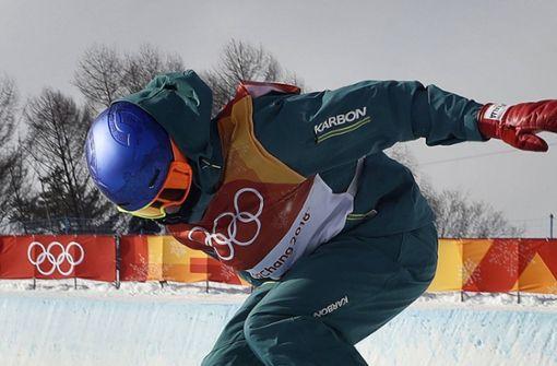 ...der australische Snowboard-Weltmeister Scotty James Handschuhe im Stile eines Boxers trägt. Foto: AP