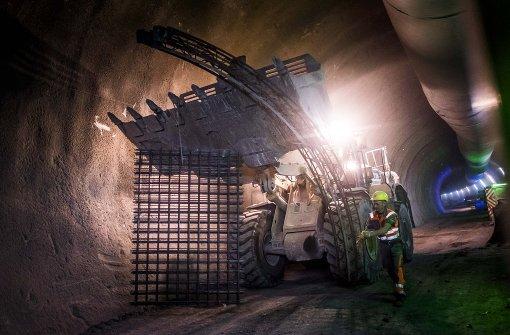 Im Tunnel unter Wangen wird die Röhre gesichert Foto: Lichtgut/Max Kovalenko