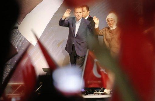 Recep Tayyip Erdogan ist in Karlsruhe angekommen. Foto: dpa