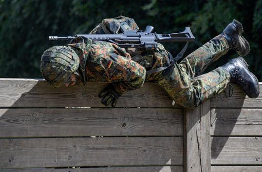 Bericht: Bundeswehr erwägt Aufnahme von Ausländern
