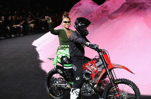 So ungewöhnlich lief Rihannas Fashion Show