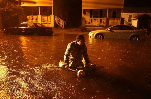 """Erste Überschwemmungen durch Hurrikan """"Florence"""""""