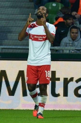 VfB-Stürmer Cacau arbeitet an seiner Rückkehr. Foto: dpa