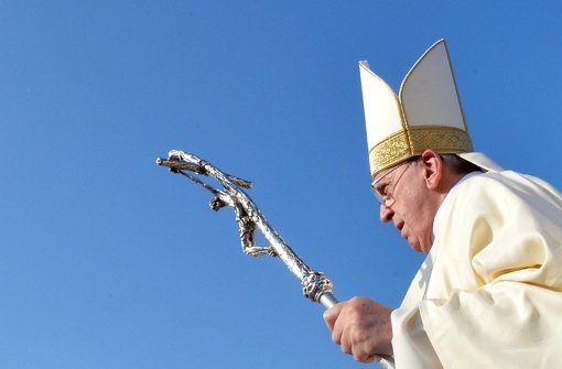 """""""Vonseiten der katholischen Kirche bitte ich Euch um Vergebung für unchristliche, ja sogar unmenschliche Verhaltensweisen."""" Foto: dpa"""