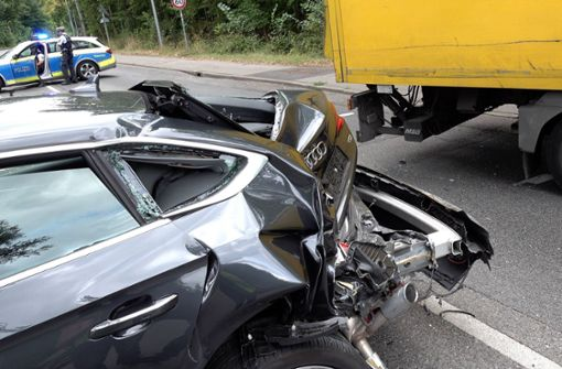 Ein 31 Jahre alter Audi-Fahrer hatte am Montagnachmittag gegen 15 Uhr mit seinem Wagen an einer gelben Ampel in der Jahnstraße gebremst. Foto: 7aktuell.de/Alexander Hald