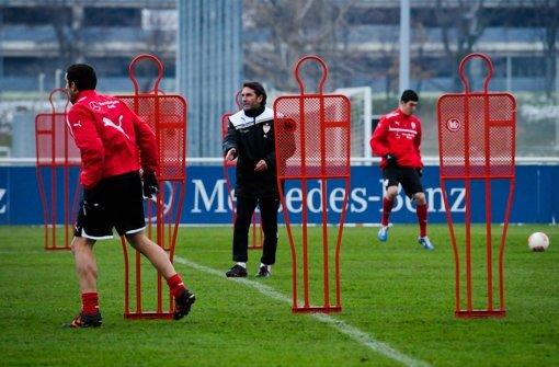 Der VfB macht sich fit für das Spiel gegen die Bayern. Klicken Sie sich durch die Bilder vom Training. Foto: Michele Danze
