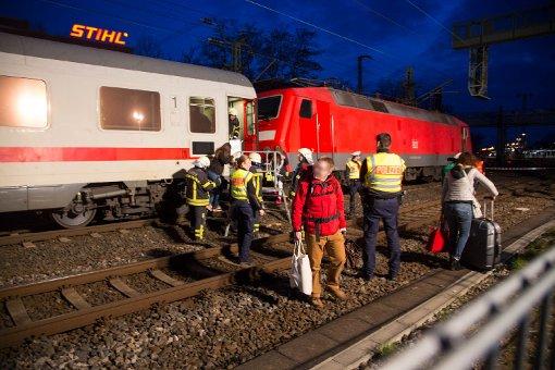 Oberleitungsschaden in Waiblingen: Strecke teilgesperrt - Evakuierung der 200 Fahrgäste Foto: www.7aktuell.de | Sven Adomat